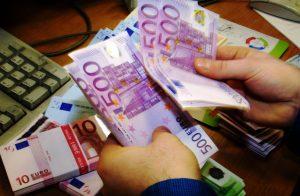 Sognare di contare soldi