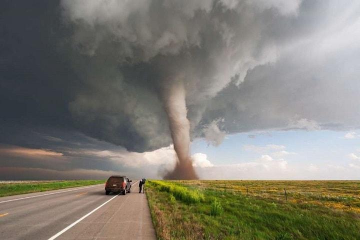 sognare ciclone, tromba d'aria, tornado